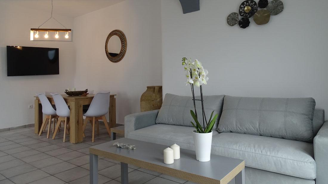 Santo Riviera House – Fira