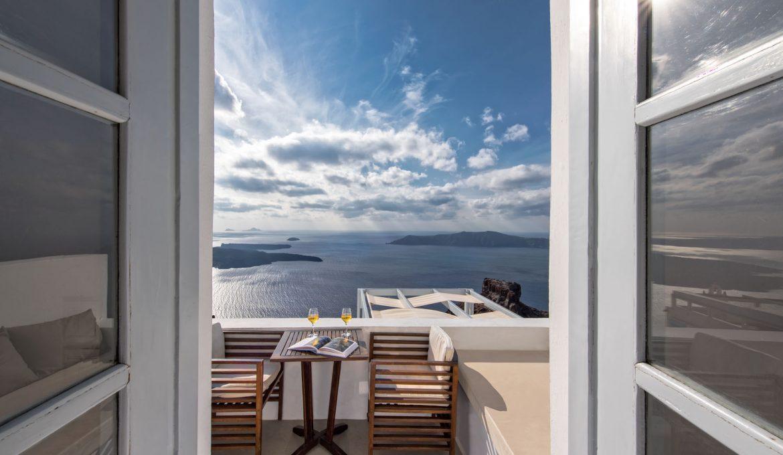 Saint George Sky Standard Suite – Imerovigli